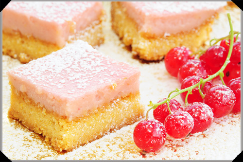 Redcurrant shortbread bars