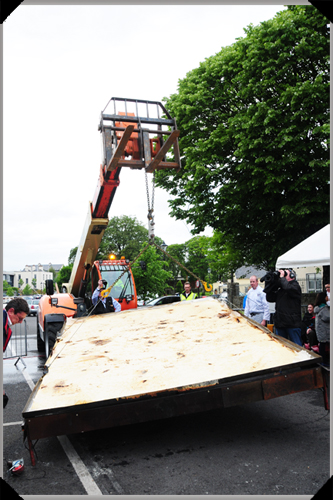 Hoisting the big boxty