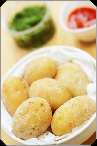 Canarian salt wrinkled potatoes