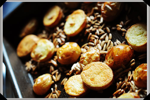 Roasted potatoes and sunflower seeds